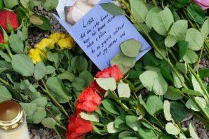Lisa'nın katledildiği yere güller bırakıldı