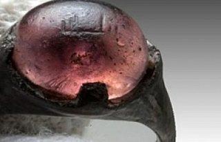 1200 Yıllık İsveç Yüzüğünde ''Allah''...
