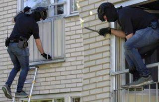 Uppsala'da iki kişi vuruldu polis her yeri didik...