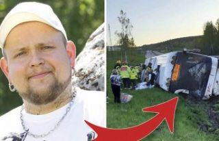 İsveç, devrilen otobüsten çocukları kurtaran...