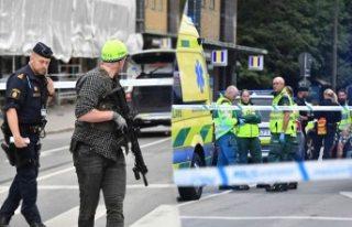 Malmö'de otomatik silahlı saldırı 5 kişi...