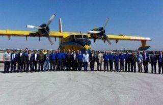 Türkiye'den gelecek yangın uçakları pazar...