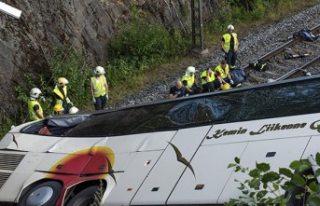 Finlandiya'da trafik kazası: 4 ölü, 17 yaralı
