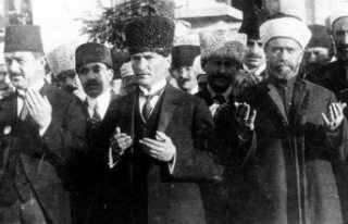 Büyük Önder Atatürk'ün ebediyete intikalinin...