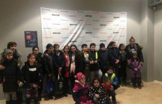 İsveç Türk Gençlik Federasyonu çocukları sevindirdi