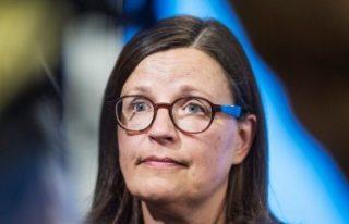 İsveç hükümeti okullarda başörtüsü yasağı...