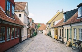 Danimarka'da gettolar için yer değiştirme...