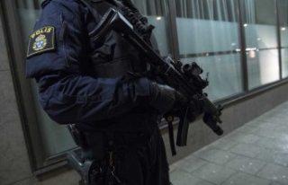 İsveç'te bir eve baskın yapan polis teşkilatına...