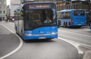 İsveç'te otobüs durağı protestosu