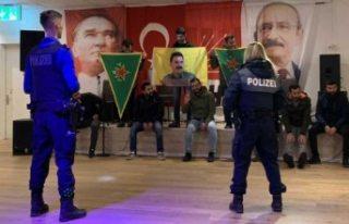 İsviçre'de PKK yandaşları CHP'nin etkinliğini...