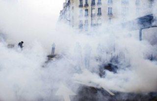 Sarı yelekli ateş Fransa'yı yeniden yakmaya...