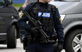 İsveç polisinden uyuşturucu çetelerine darbe!