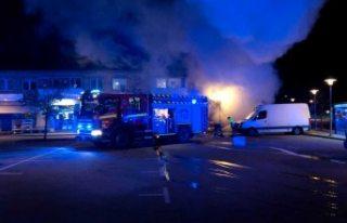 İsveç'te bir bakkalda çıkan yangın korkuttu