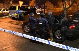 İsveç'te bir genç öldürüldü - Polis iki...
