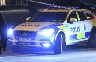 İsveç'te iki kişi bir çete tarafından feci...