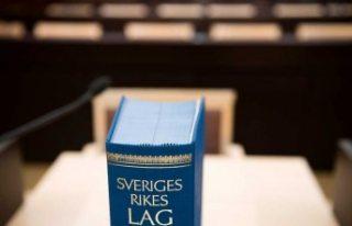 İsveç'te 68 yaşındaki bir kişi çocuk istismarından...