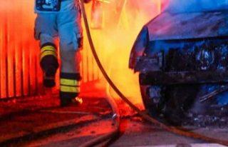 İsveç'te kamyonlar ateşe verildi