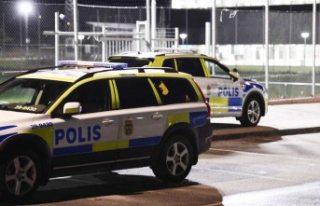 İsveç'teki bir okulda bir kişi bıçaklanmış...