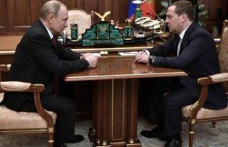 Rusya'da hükümetin istifası verildi