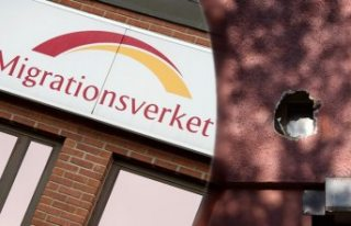 İsveç'te gözaltında tutulan 8 kaçak göçmen...