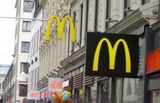 İsveç'te hamile kadın McDonald's'da...