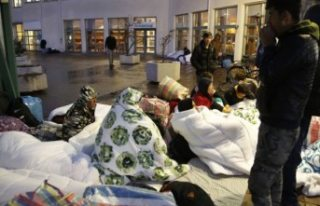 İsveç'te sığınmacı çocuklar yemek ve barınma...