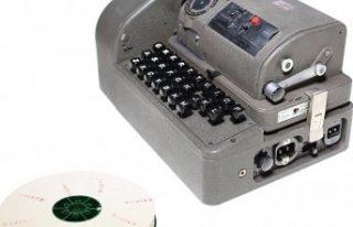 Paravan şirket 130 ülkeye gizli iletişim cihazı...