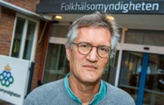 İsveç Halk Sağlığı Kurumu basın toplantısıyla...