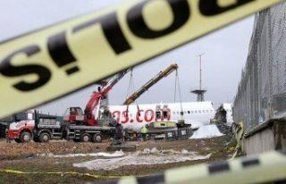 Sabiha Gökçen Havalimanı'ndaki uçak kazasına...