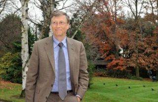 Bill Gates: Virüsün Dünya savaşından tek farkı,...