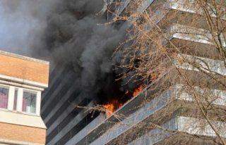 Liljeholmen'de apartman yangını