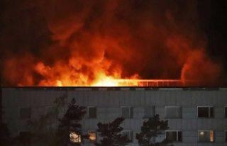 Stockholm büyük yangın! 136 daire boşaltıldı:...