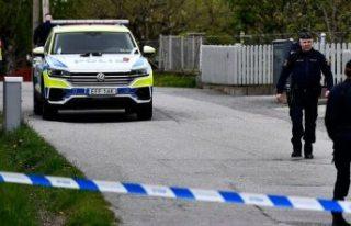 Barkarby'de bir kişi evinin önünde bıçaklandı