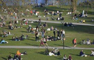 Covid-19 politikası eleştirilen İsveç'te...