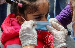 UNHCR: Atina acil olarak sığınmacıları koruma...