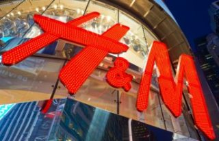 H&M'den çalışanlara maaş şoku