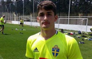 İsveç'teki genç yetenek futbol hayatına Türkiye'de...