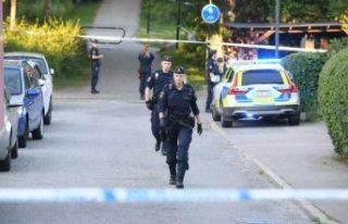Älvsjö'de silahlı saldırı! Bir kişi ağır...