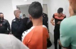 Mültecileri birbirlerine tokatlatan polis açığa...