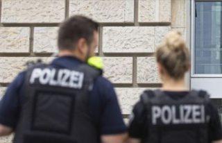 Almanya'da camiye saldırı planlayan aşırı...