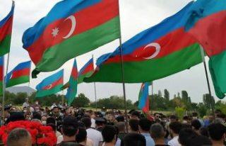 Azerbaycan: Ermeni askerleri, Tovuz'un Dondar...