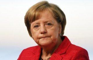 Merkel, zehirlenen Rus muhalifle ilgili konuştu:...