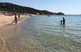 Sardinya Adası'ndan 2 kg kum çalmaya çalışan...