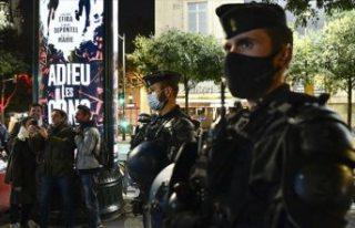 Fransa'da sokağa çıkma yasağı uygulanacak...