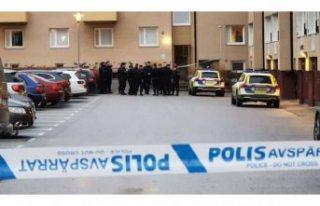 İsveç'te polisin yaşadığı binaya bombalı...