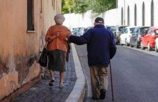 Yaşlılar 'vazgeçilemez değiller' diyen...