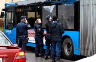 Yolcu otobüsüne av tüfekli saldırı