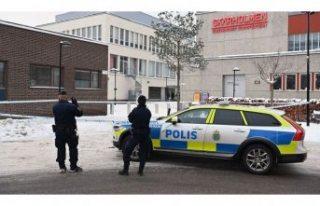 Skärholmen'de bir telefon dükkanı soyuldu