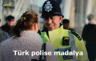 Türk asıllı polise imparatorluk madalyası