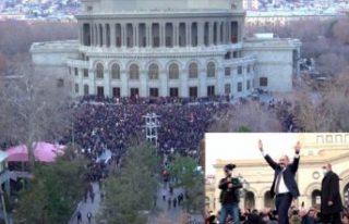 Ermenistan'da ordunun istifa bildirisi sonrası...